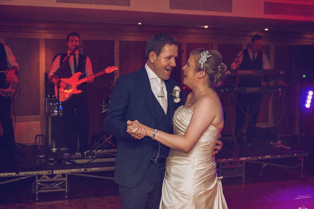 Dublin-Wedding-photographer-roger-kenny_090.jpg