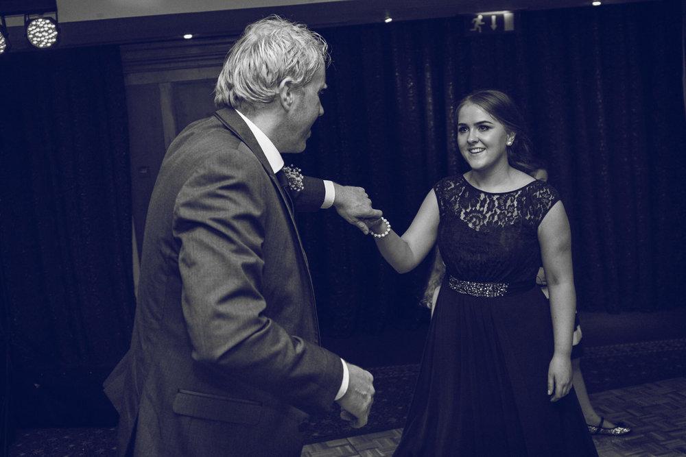 Dublin-Wedding-photographer-roger-kenny_092.jpg