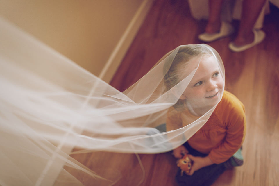 Dublin-Wedding-photographer-roger-kenny_Rathsallagh_001.jpg