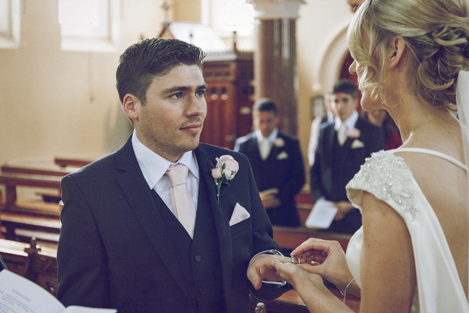 Dublin-Wedding-photographer-roger-kenny_Rathsallagh_023.jpg