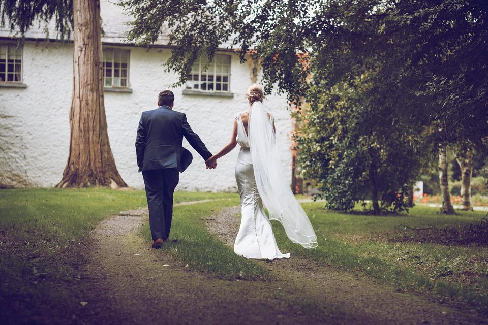 Dublin-Wedding-photographer-roger-kenny_Rathsallagh_043.jpg