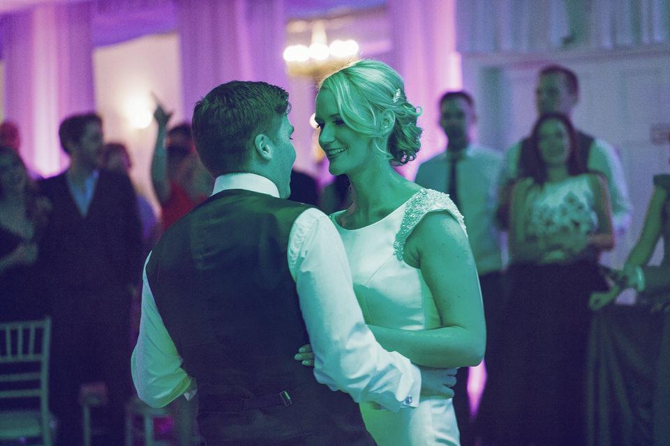 Dublin-Wedding-photographer-roger-kenny_Rathsallagh_079.jpg