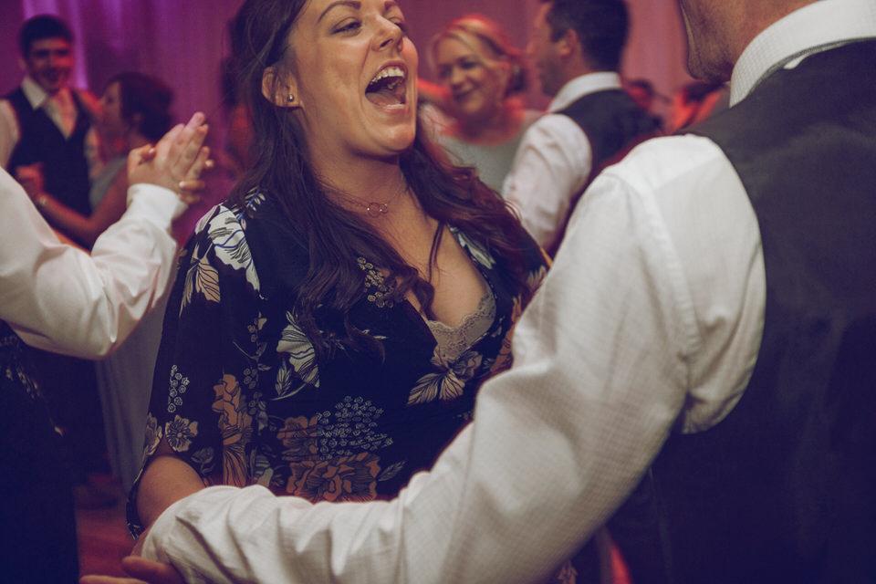 Dublin-Wedding-photographer-roger-kenny_Rathsallagh_084.jpg