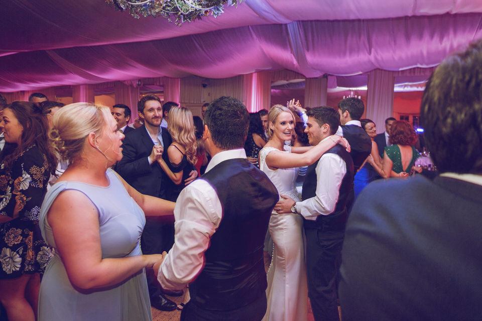 Dublin-Wedding-photographer-roger-kenny_Rathsallagh_088.jpg