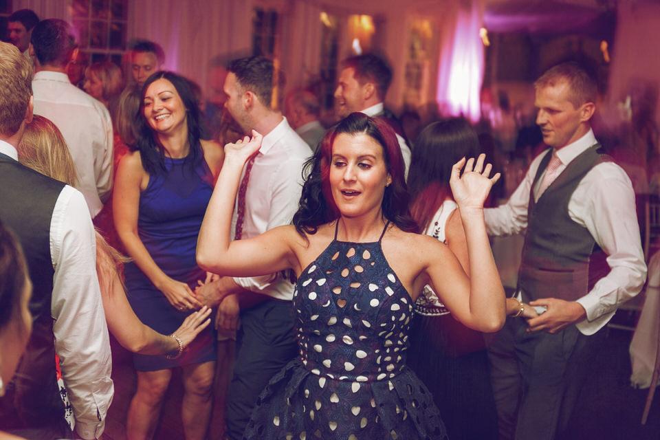Dublin-Wedding-photographer-roger-kenny_Rathsallagh_091.jpg