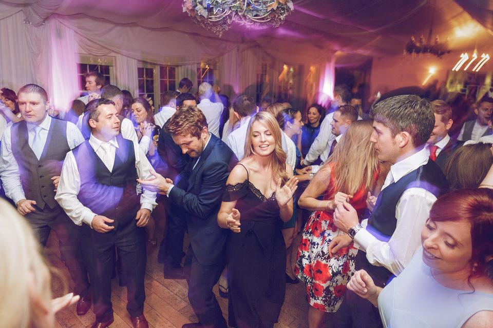 Dublin-Wedding-photographer-roger-kenny_Rathsallagh_093.jpg