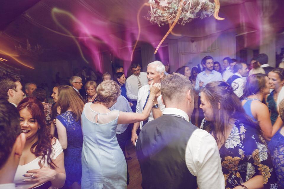 Dublin-Wedding-photographer-roger-kenny_Rathsallagh_094.jpg