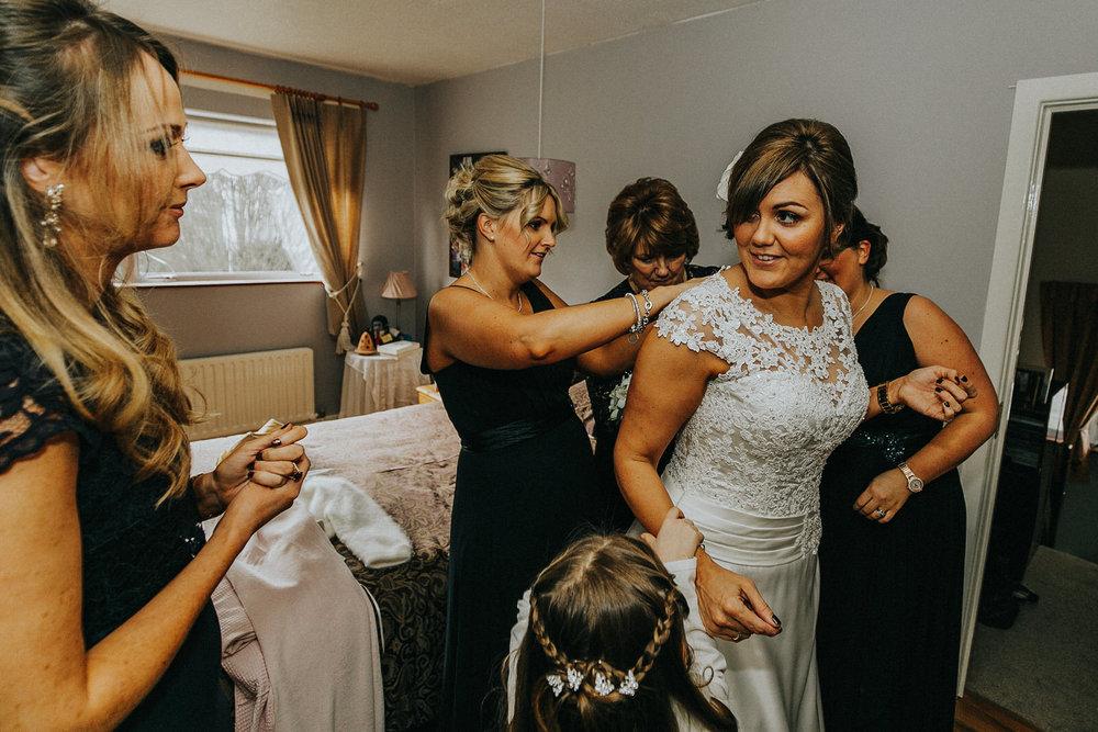 Roger_Kenny_wedding_photographer_Tankardstown_560.jpg