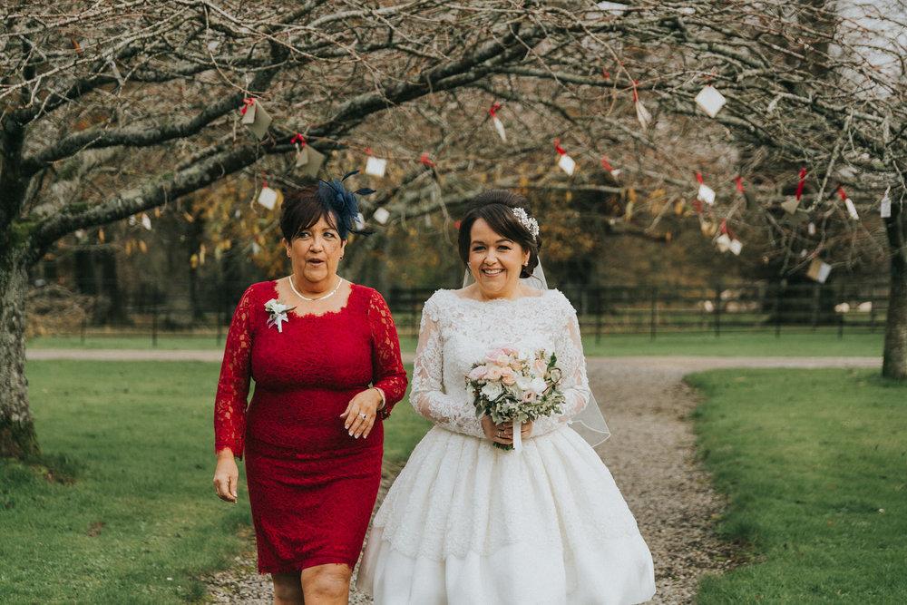 Borris_House_wedding_photographer_Roger_Kenny_030.jpg