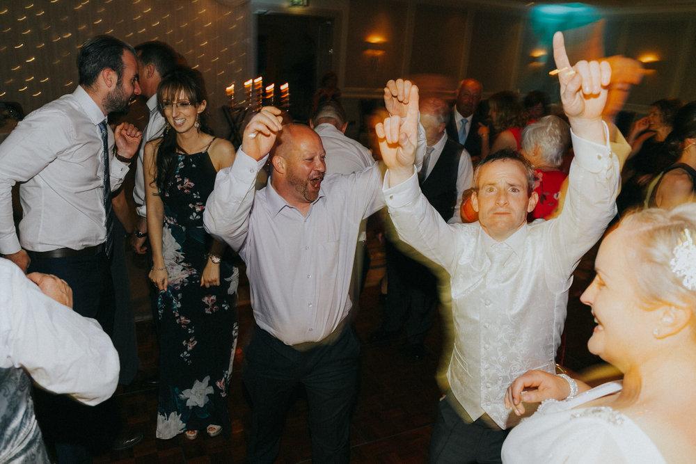 Roger_Kenny_wicklow_wedding_photographer_200.jpg
