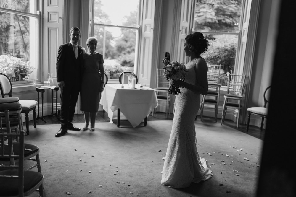 Wicklow-wedding-photographer-roger-kenny-tinakilly-house_013.jpg
