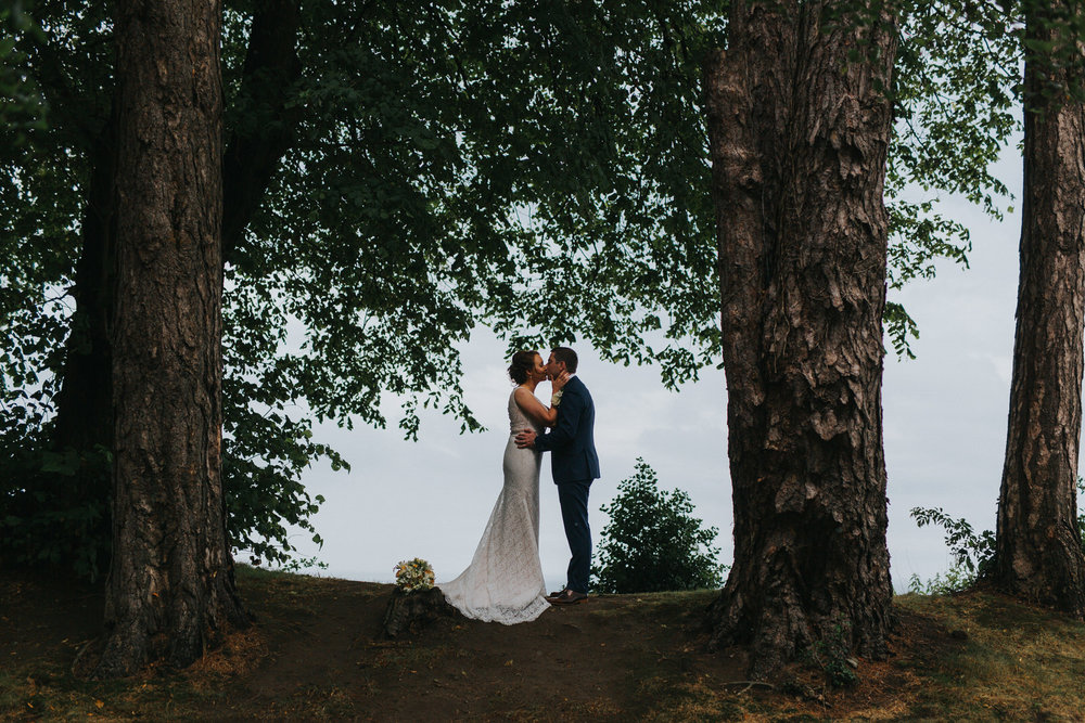 Wicklow-wedding-photographer-roger-kenny-tinakilly-house_020.jpg