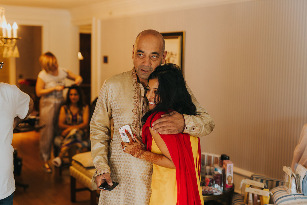 Powerscourt_Indian_wedding_outdoor_ceremony_Powerscourt_co_Wicklow_Roger_Kenny_002.jpg