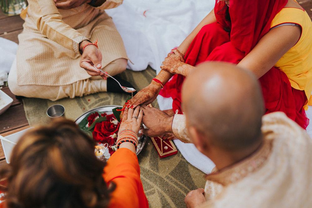 Powerscourt_Indian_wedding_outdoor_ceremony_Powerscourt_co_Wicklow_Roger_Kenny_005.jpg