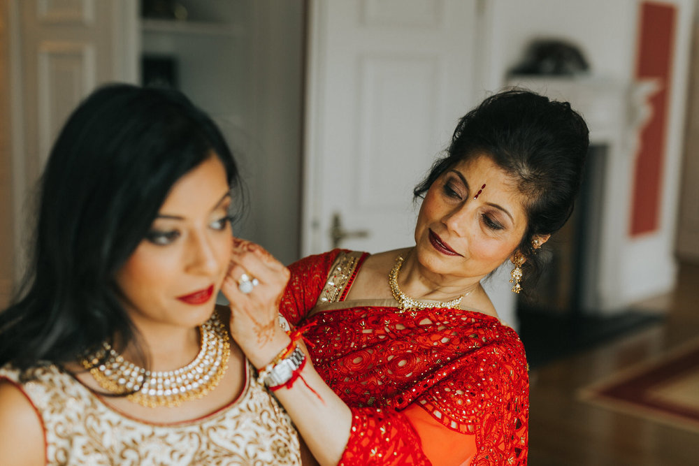 Powerscourt_Indian_wedding_outdoor_ceremony_Powerscourt_co_Wicklow_Roger_Kenny_020.jpg