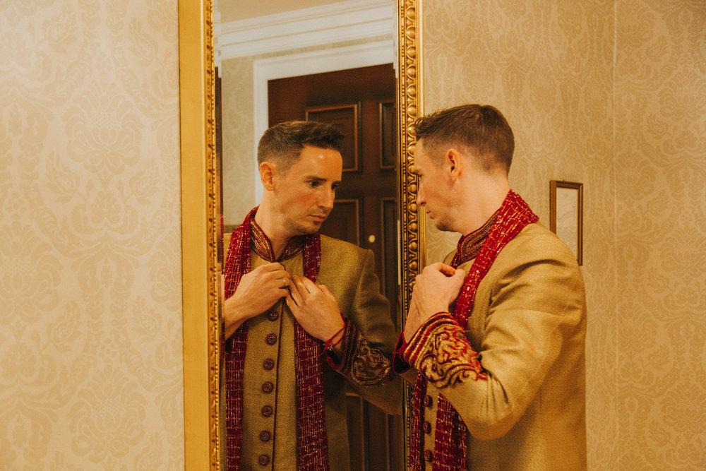 Powerscourt_Indian_wedding_outdoor_ceremony_Powerscourt_co_Wicklow_Roger_Kenny_019.jpg