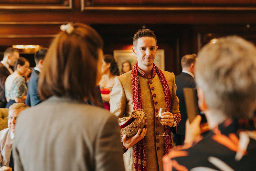 Powerscourt_Indian_wedding_outdoor_ceremony_Powerscourt_co_Wicklow_Roger_Kenny_022.jpg