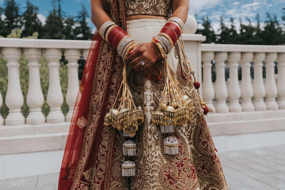 Powerscourt_Indian_wedding_outdoor_ceremony_Powerscourt_co_Wicklow_Roger_Kenny_026.jpg