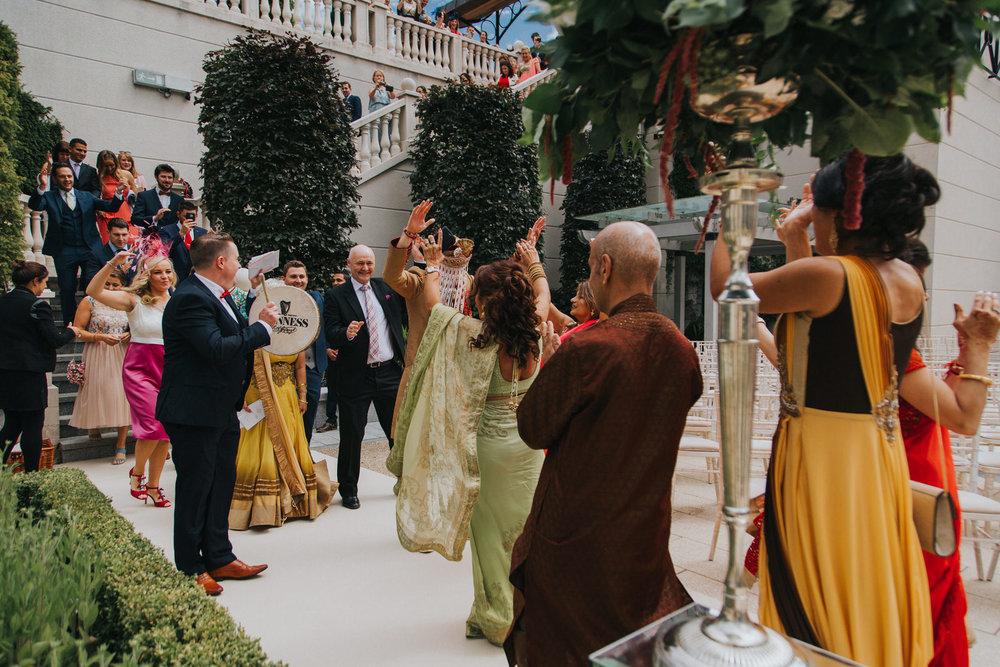 Powerscourt_Indian_wedding_outdoor_ceremony_Powerscourt_co_Wicklow_Roger_Kenny_028.jpg