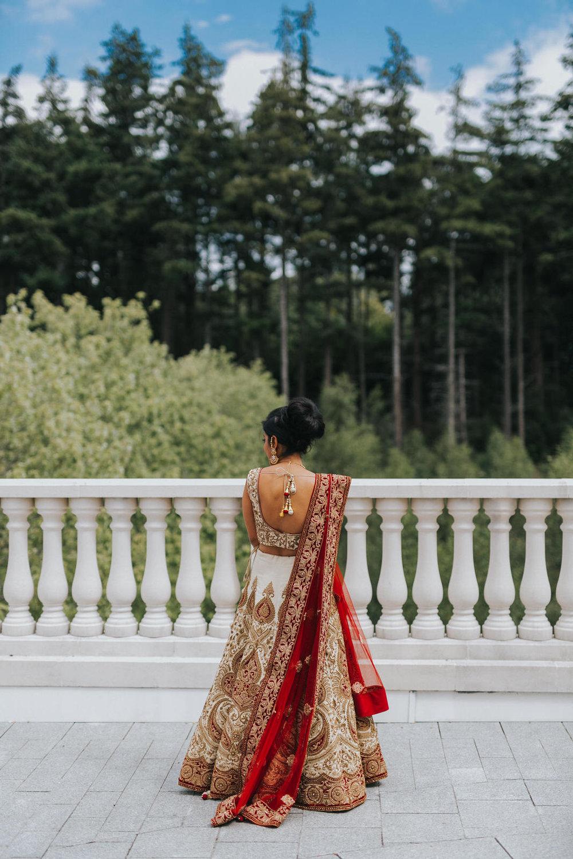 Powerscourt_Indian_wedding_outdoor_ceremony_Powerscourt_co_Wicklow_Roger_Kenny_030.jpg