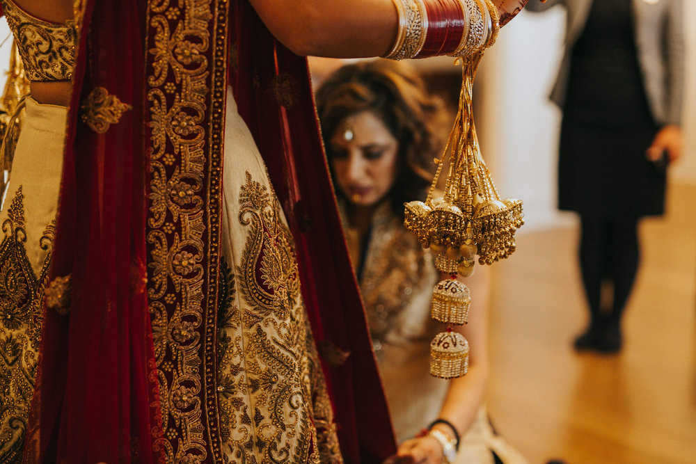 Powerscourt_Indian_wedding_outdoor_ceremony_Powerscourt_co_Wicklow_Roger_Kenny_032.jpg