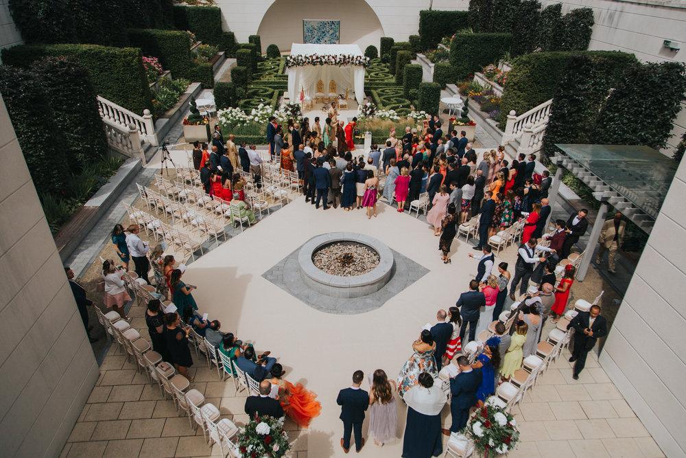 Powerscourt_Indian_wedding_outdoor_ceremony_Powerscourt_co_Wicklow_Roger_Kenny_031.jpg