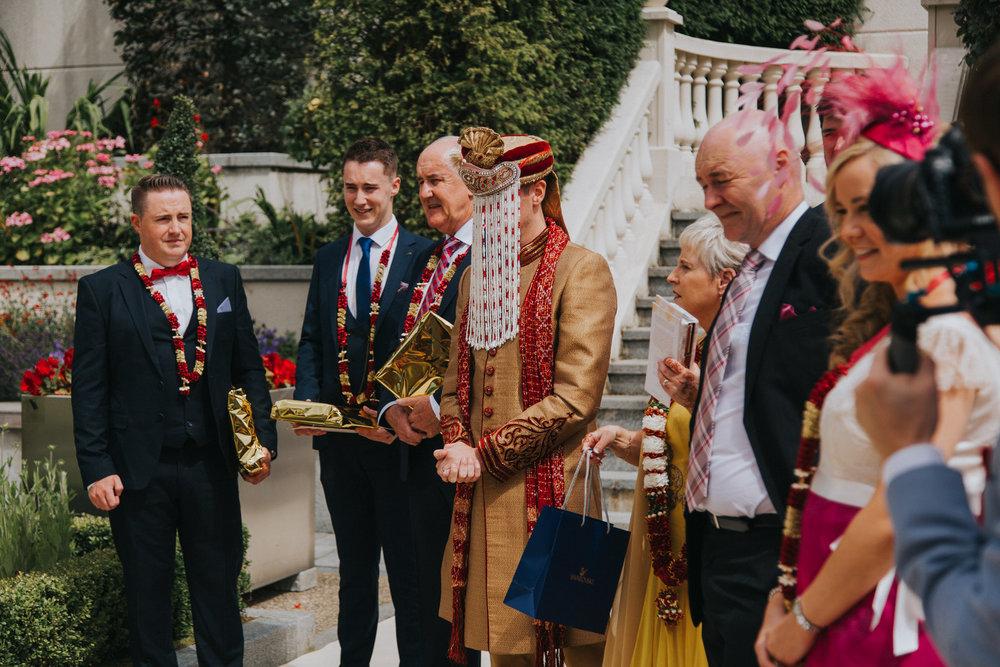 Powerscourt_Indian_wedding_outdoor_ceremony_Powerscourt_co_Wicklow_Roger_Kenny_034.jpg