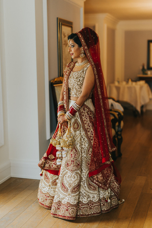 Powerscourt_Indian_wedding_outdoor_ceremony_Powerscourt_co_Wicklow_Roger_Kenny_040.jpg