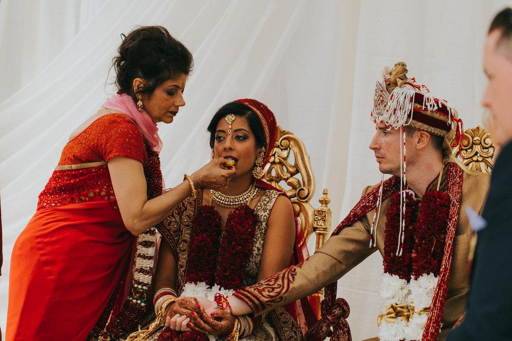 Powerscourt_Indian_wedding_outdoor_ceremony_Powerscourt_co_Wicklow_Roger_Kenny_047.jpg