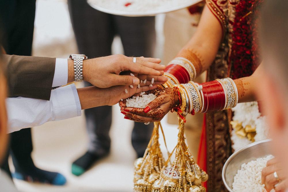 Powerscourt_Indian_wedding_outdoor_ceremony_Powerscourt_co_Wicklow_Roger_Kenny_050.jpg