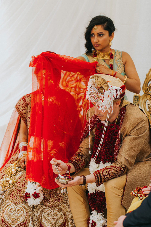 Powerscourt_Indian_wedding_outdoor_ceremony_Powerscourt_co_Wicklow_Roger_Kenny_049.jpg