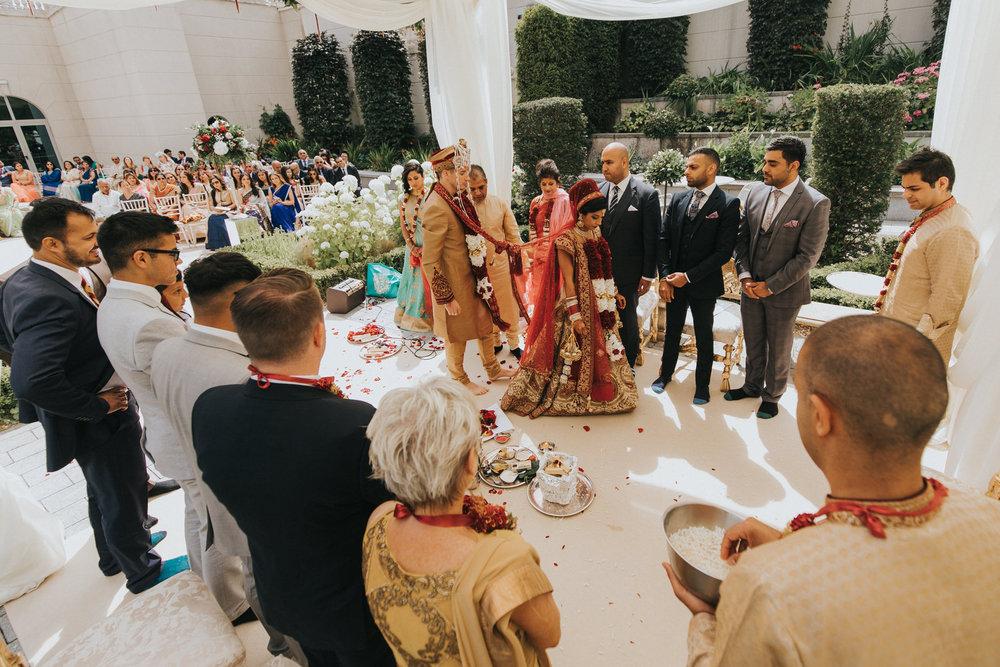 Powerscourt_Indian_wedding_outdoor_ceremony_Powerscourt_co_Wicklow_Roger_Kenny_051.jpg