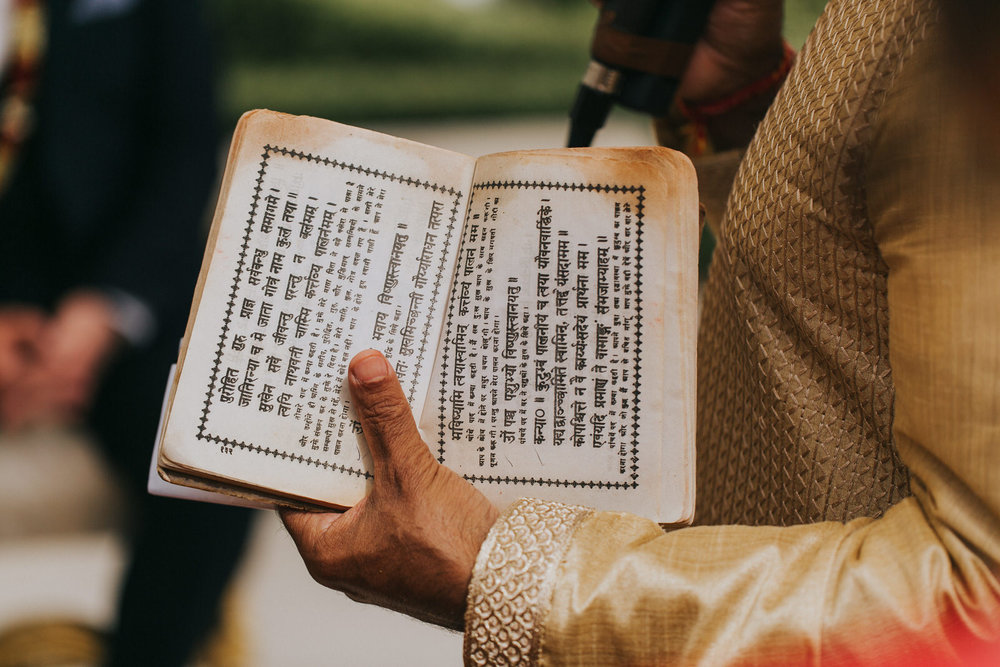Powerscourt_Indian_wedding_outdoor_ceremony_Powerscourt_co_Wicklow_Roger_Kenny_052.jpg