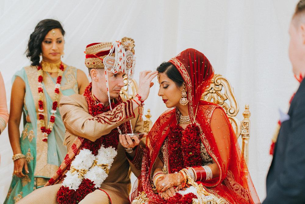 Powerscourt_Indian_wedding_outdoor_ceremony_Powerscourt_co_Wicklow_Roger_Kenny_055.jpg
