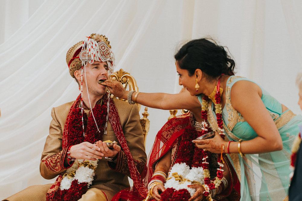 Powerscourt_Indian_wedding_outdoor_ceremony_Powerscourt_co_Wicklow_Roger_Kenny_058.jpg