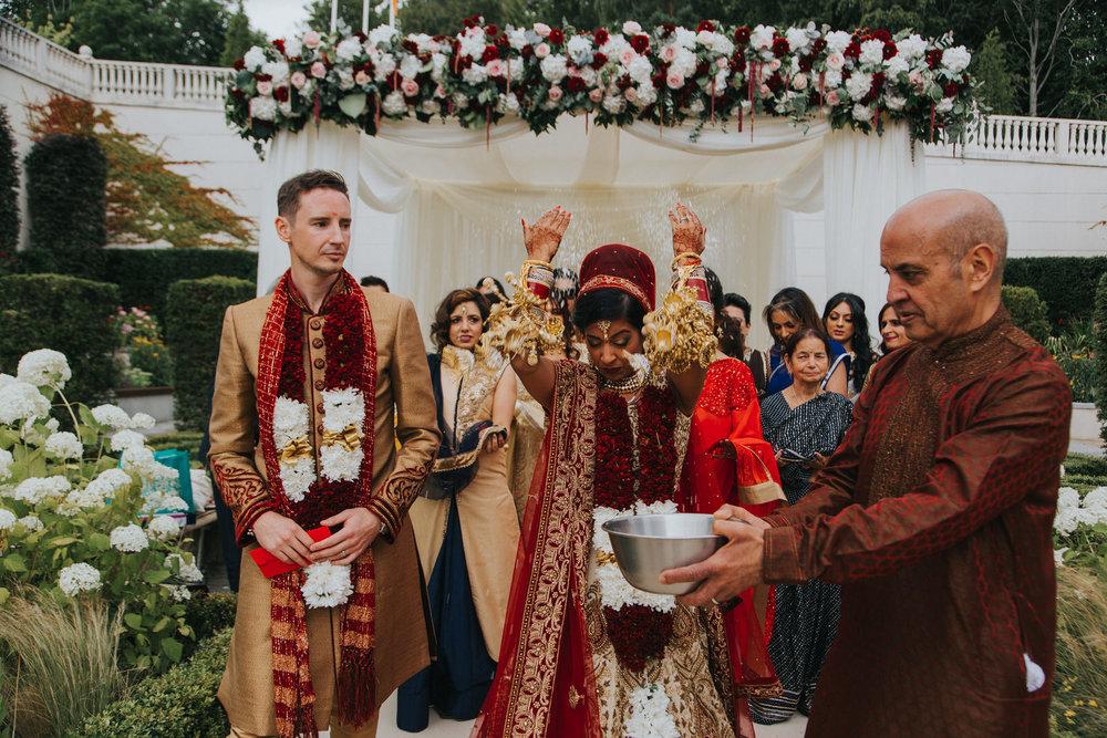 Powerscourt_Indian_wedding_outdoor_ceremony_Powerscourt_co_Wicklow_Roger_Kenny_065.jpg