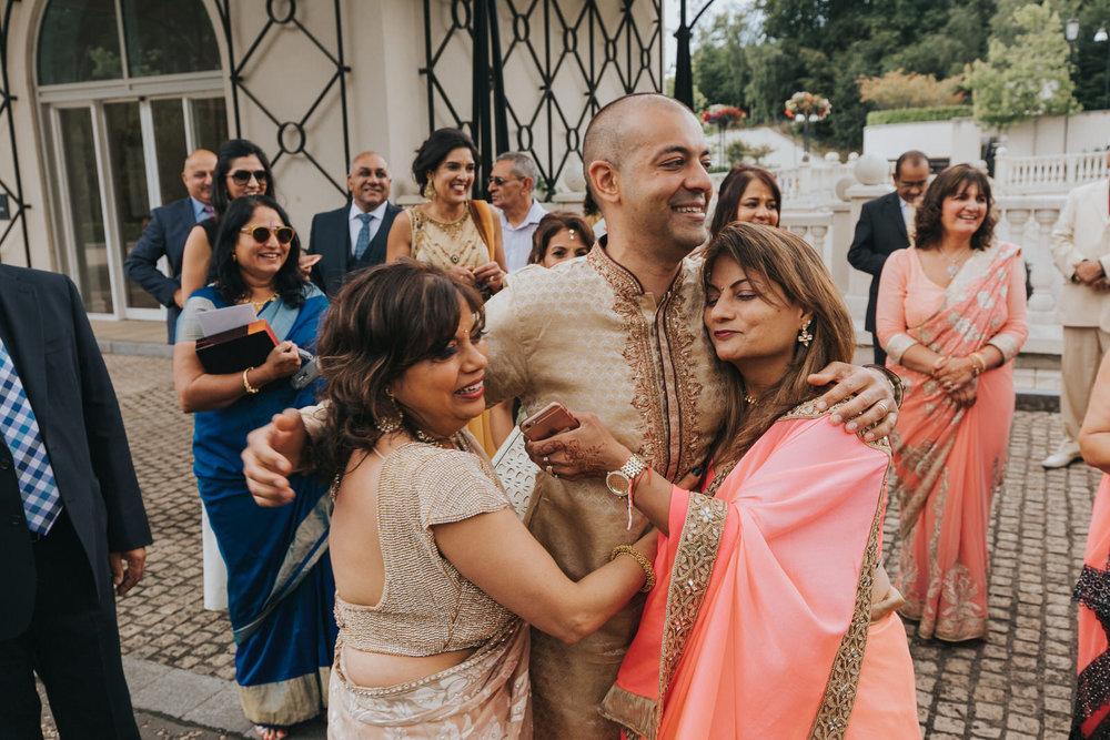 Powerscourt_Indian_wedding_outdoor_ceremony_Powerscourt_co_Wicklow_Roger_Kenny_068.jpg