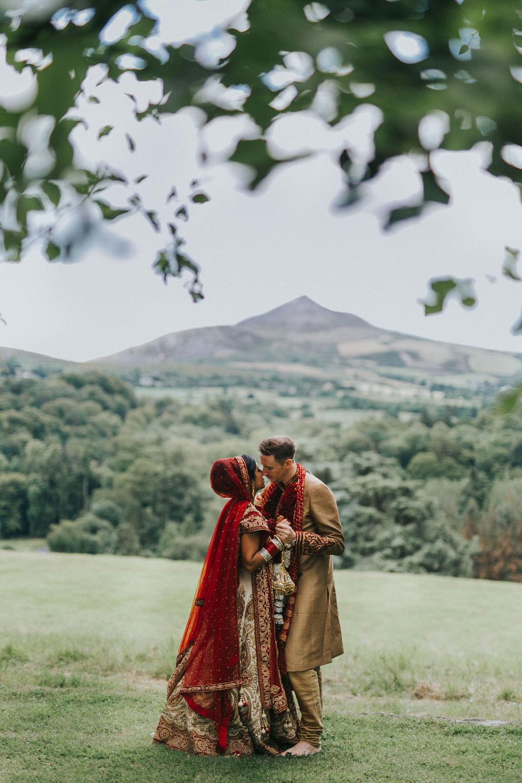 Powerscourt_Indian_wedding_outdoor_ceremony_Powerscourt_co_Wicklow_Roger_Kenny_070.jpg