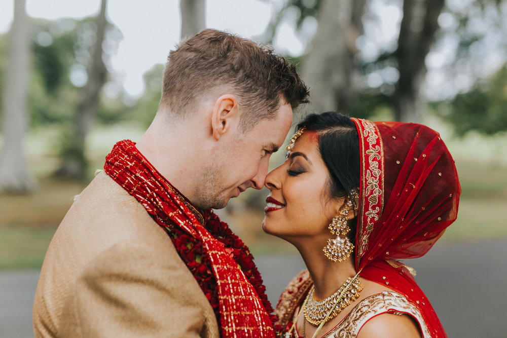 Powerscourt_Indian_wedding_outdoor_ceremony_Powerscourt_co_Wicklow_Roger_Kenny_071.jpg