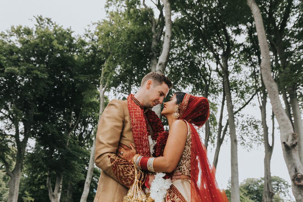 Powerscourt_Indian_wedding_outdoor_ceremony_Powerscourt_co_Wicklow_Roger_Kenny_073.jpg
