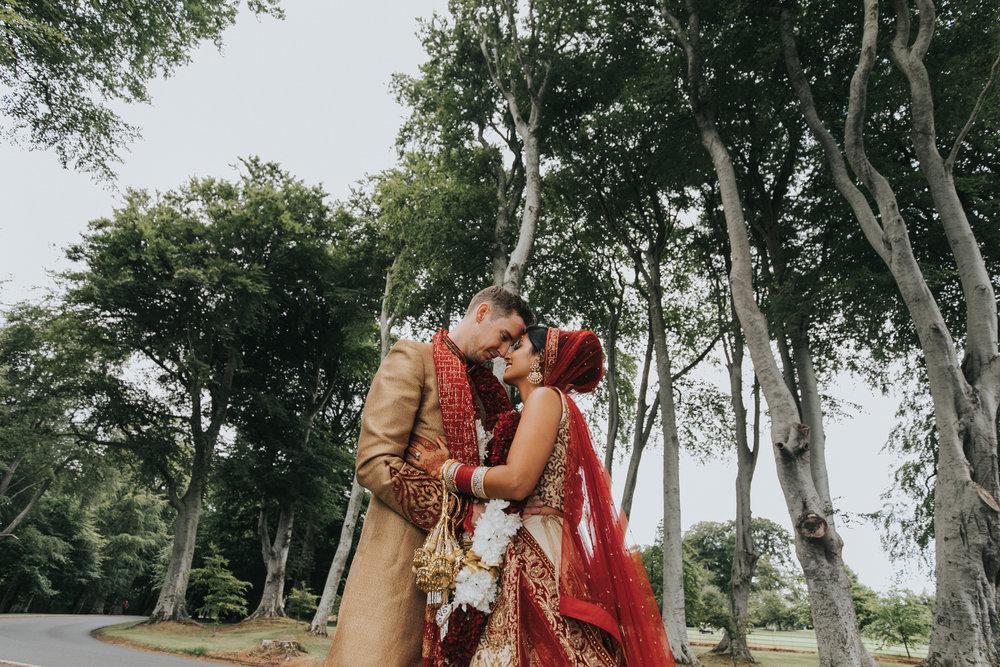 Powerscourt_Indian_wedding_outdoor_ceremony_Powerscourt_co_Wicklow_Roger_Kenny_074.jpg