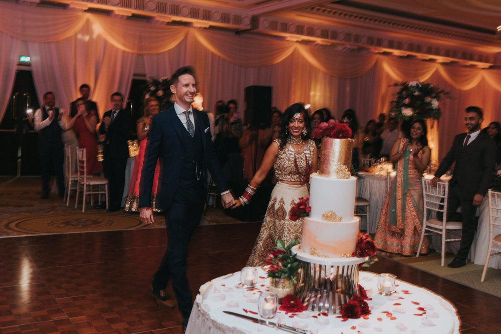 Powerscourt_Indian_wedding_outdoor_ceremony_Powerscourt_co_Wicklow_Roger_Kenny_092.jpg