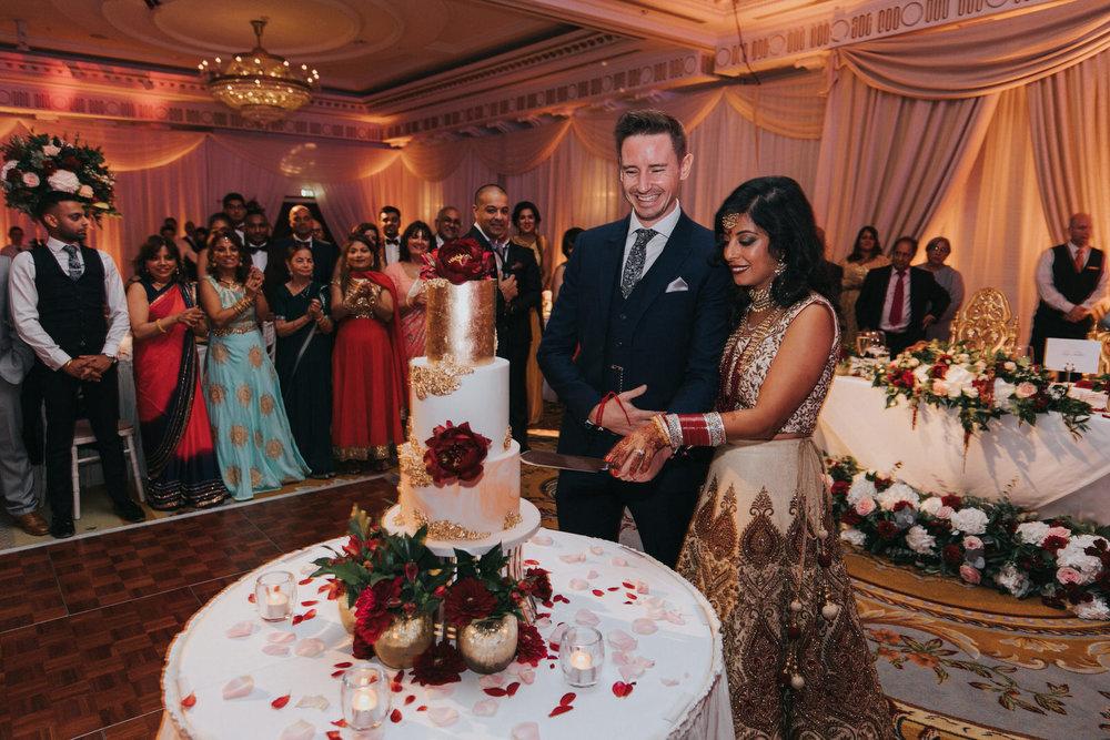 Powerscourt_Indian_wedding_outdoor_ceremony_Powerscourt_co_Wicklow_Roger_Kenny_093.jpg