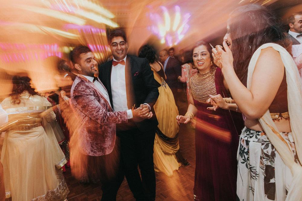 Powerscourt_Indian_wedding_outdoor_ceremony_Powerscourt_co_Wicklow_Roger_Kenny_100.jpg