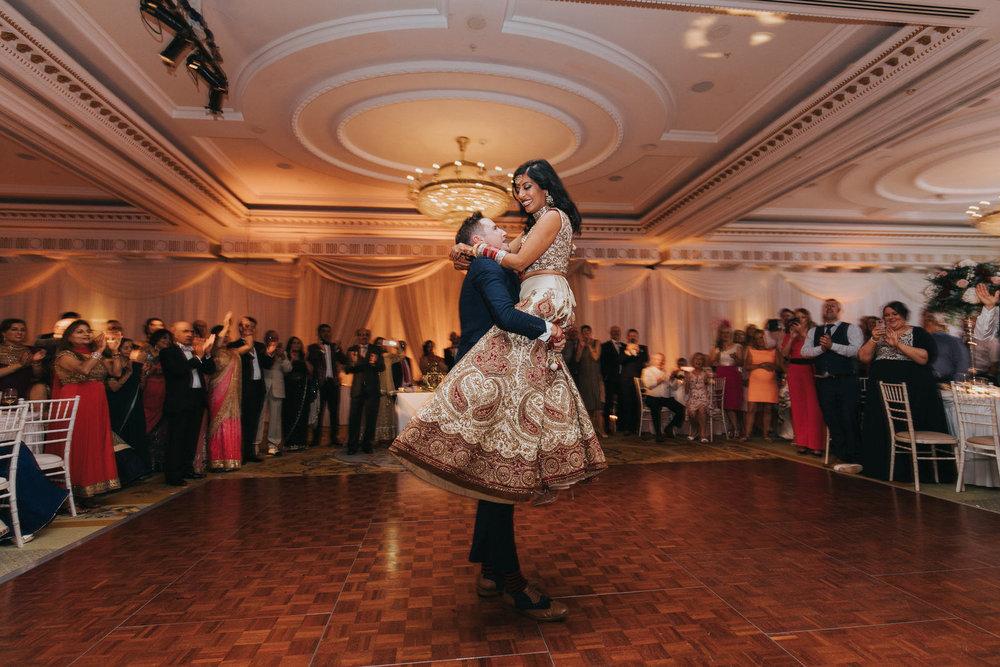 Powerscourt_Indian_wedding_outdoor_ceremony_Powerscourt_co_Wicklow_Roger_Kenny_107.jpg