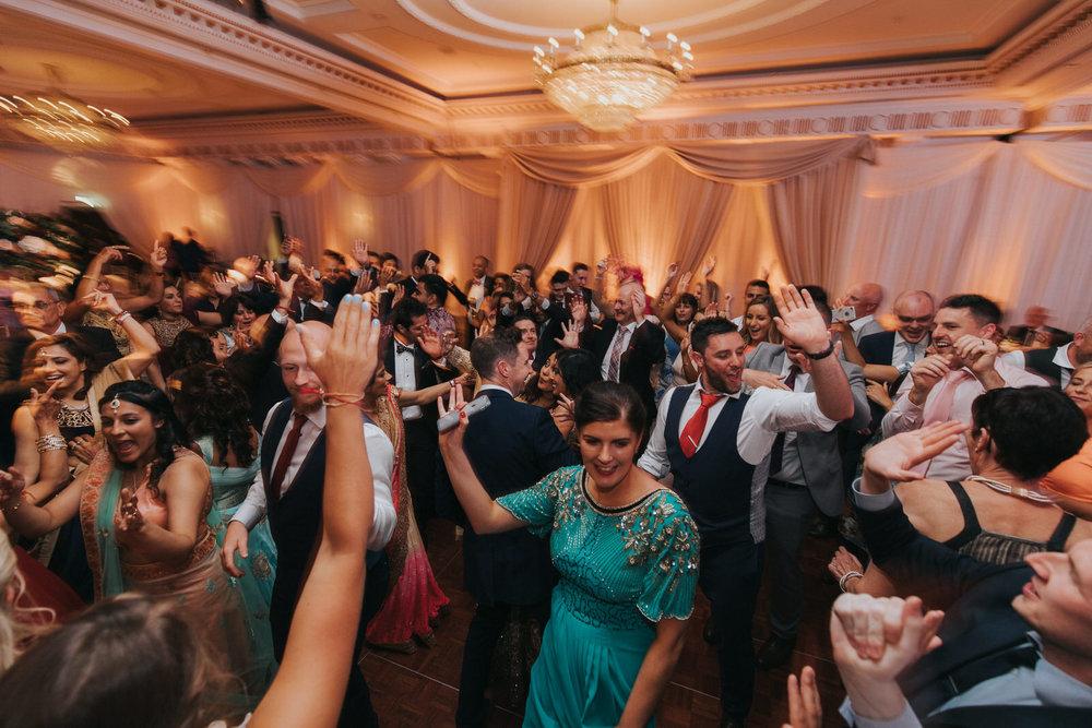 Powerscourt_Indian_wedding_outdoor_ceremony_Powerscourt_co_Wicklow_Roger_Kenny_110.jpg