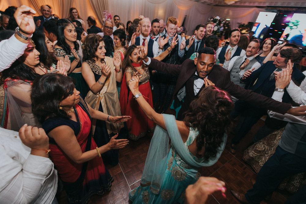 Powerscourt_Indian_wedding_outdoor_ceremony_Powerscourt_co_Wicklow_Roger_Kenny_112.jpg