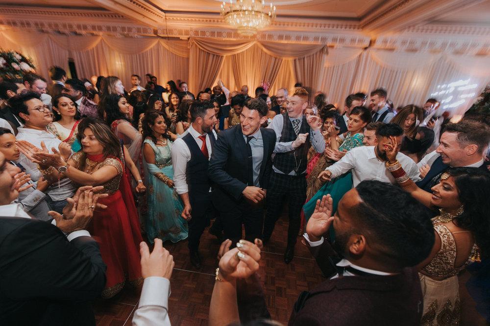 Powerscourt_Indian_wedding_outdoor_ceremony_Powerscourt_co_Wicklow_Roger_Kenny_113.jpg
