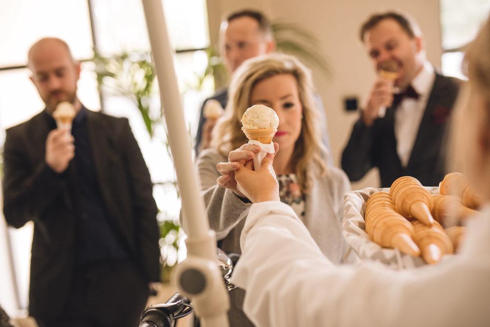 Wicklow-wedding-photographer-roger-kenny-greystones-druids-glen_097.jpg