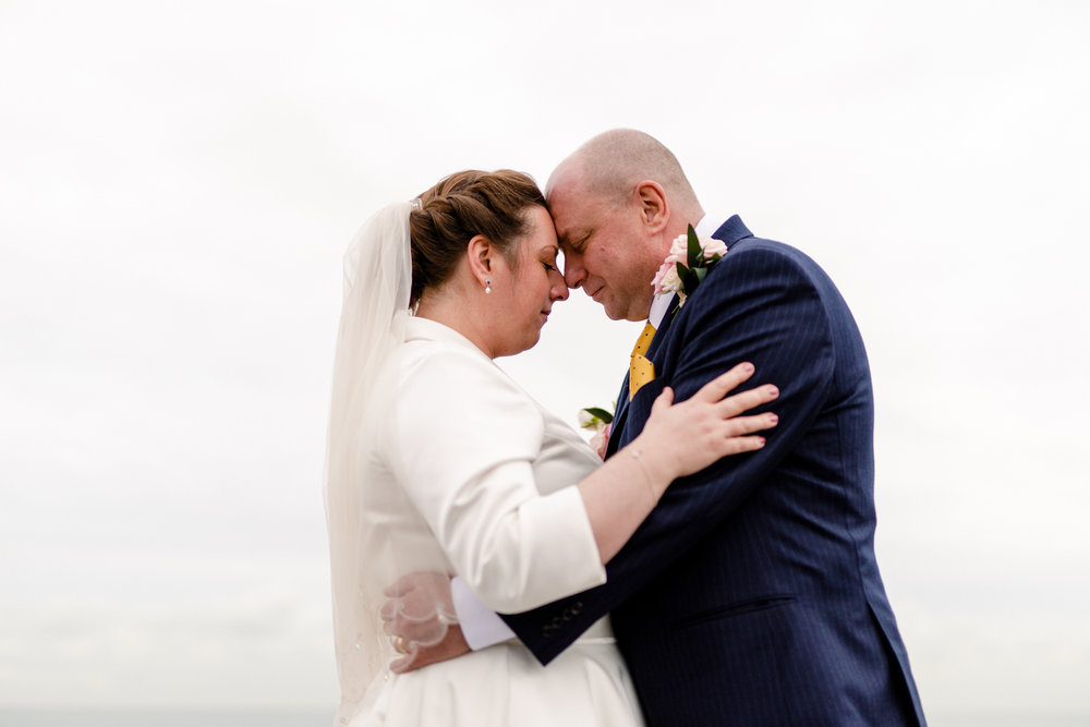 Roger-kenny-wedding-photographer-wicklow-glenview_056.jpg